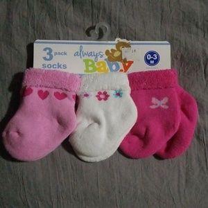 Baby girl 3 pair of socks